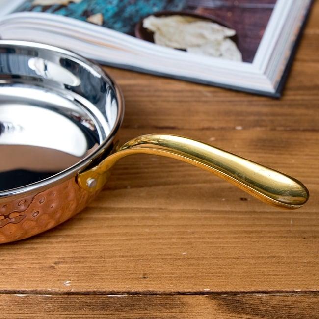 槌目付き 銅装飾のロイヤルソースパン(約16cm×4cm) 5 - クラシカルな雰囲気