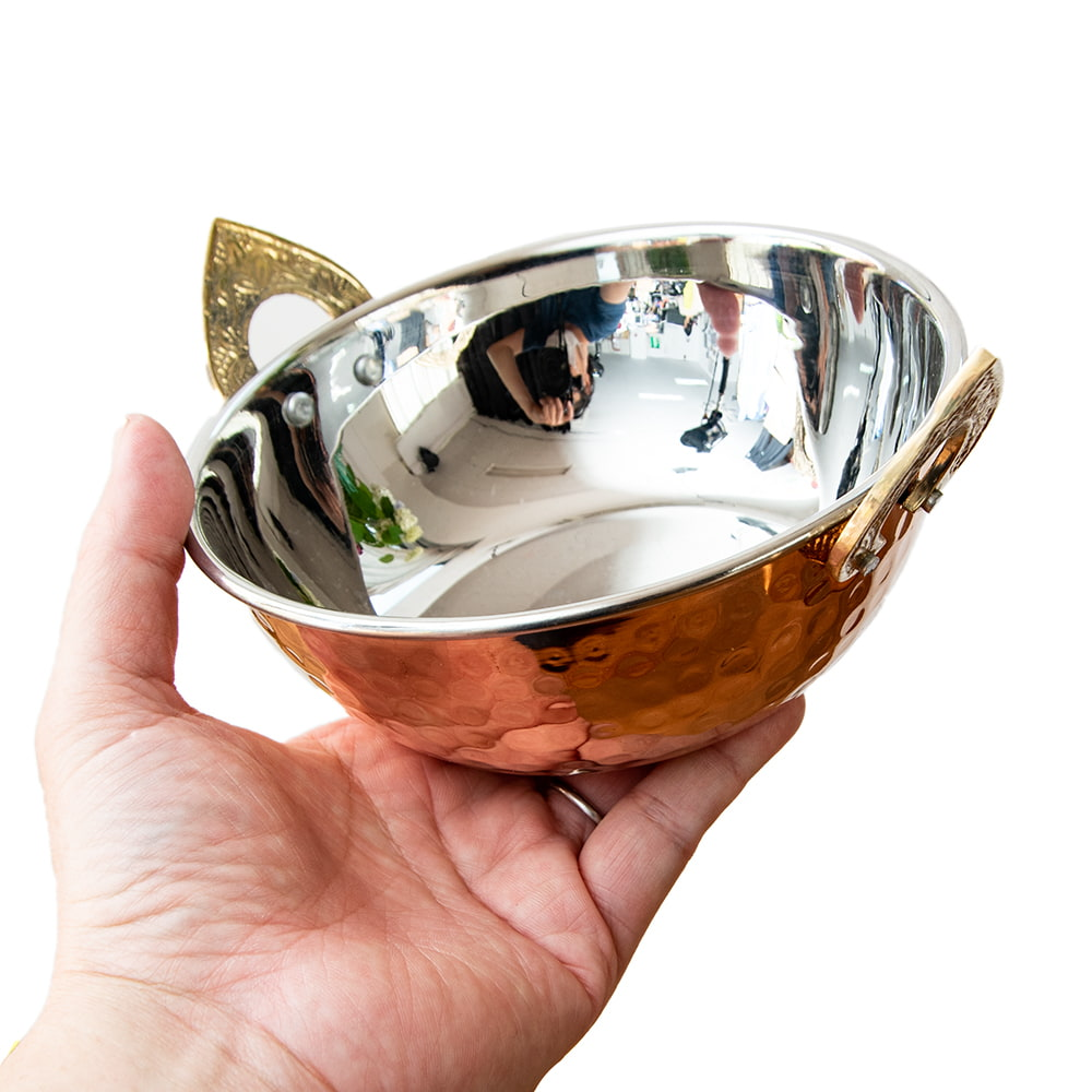 槌目仕上げ 銅装飾のカダイ [装飾持ち手付](直径:約15.3cm) 5 - とても雰囲気があります