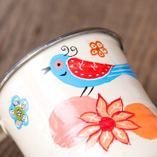どこか懐かしいレトロテイスト 手描きカシミールペイントのミニマグカップ[直径:6cm x 高さ:5.9cm ] - 小鳥模様 4 - 丁寧にペイントされています