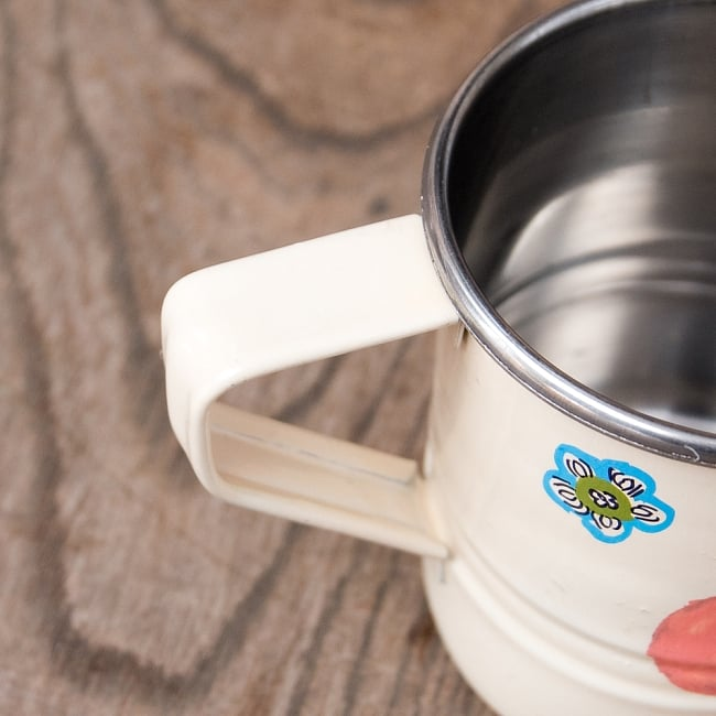 どこか懐かしいレトロテイスト 手描きカシミールペイントのミニマグカップ[直径:6cm x 高さ:5.9cm ] - 小鳥模様 6 - 手描きのぬくもりがあります