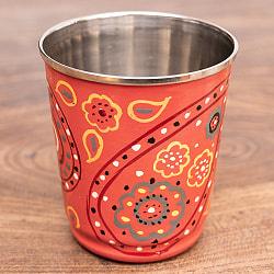どこか懐かしいレトロテイスト 手描きカシミールペイントのチャイカップ[直径:6.4cm x 高さ:7.5cm ]- ペイズリー