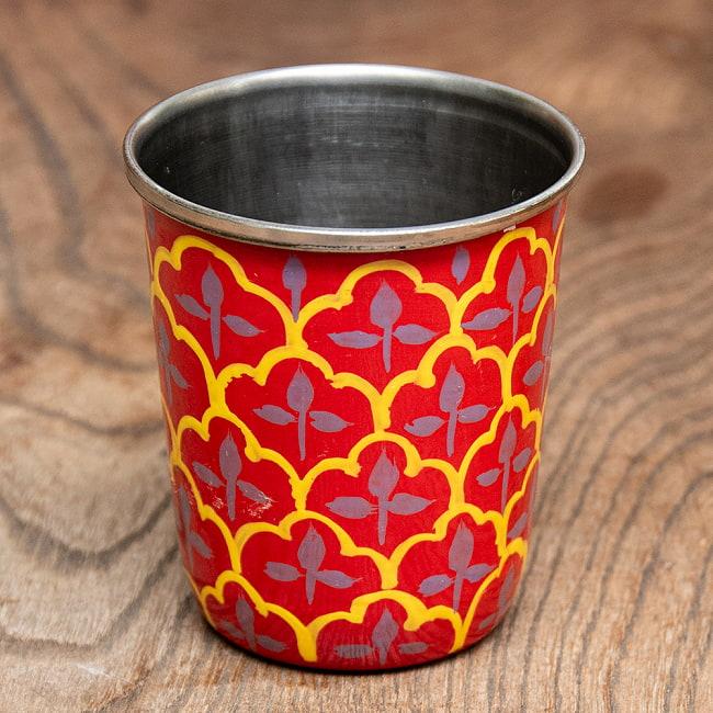 どこか懐かしいレトロテイスト 手描きカシミールペイントのチャイカップ[直径:6.4cm x 高さ:7.5cm ] - 伝統模様 1