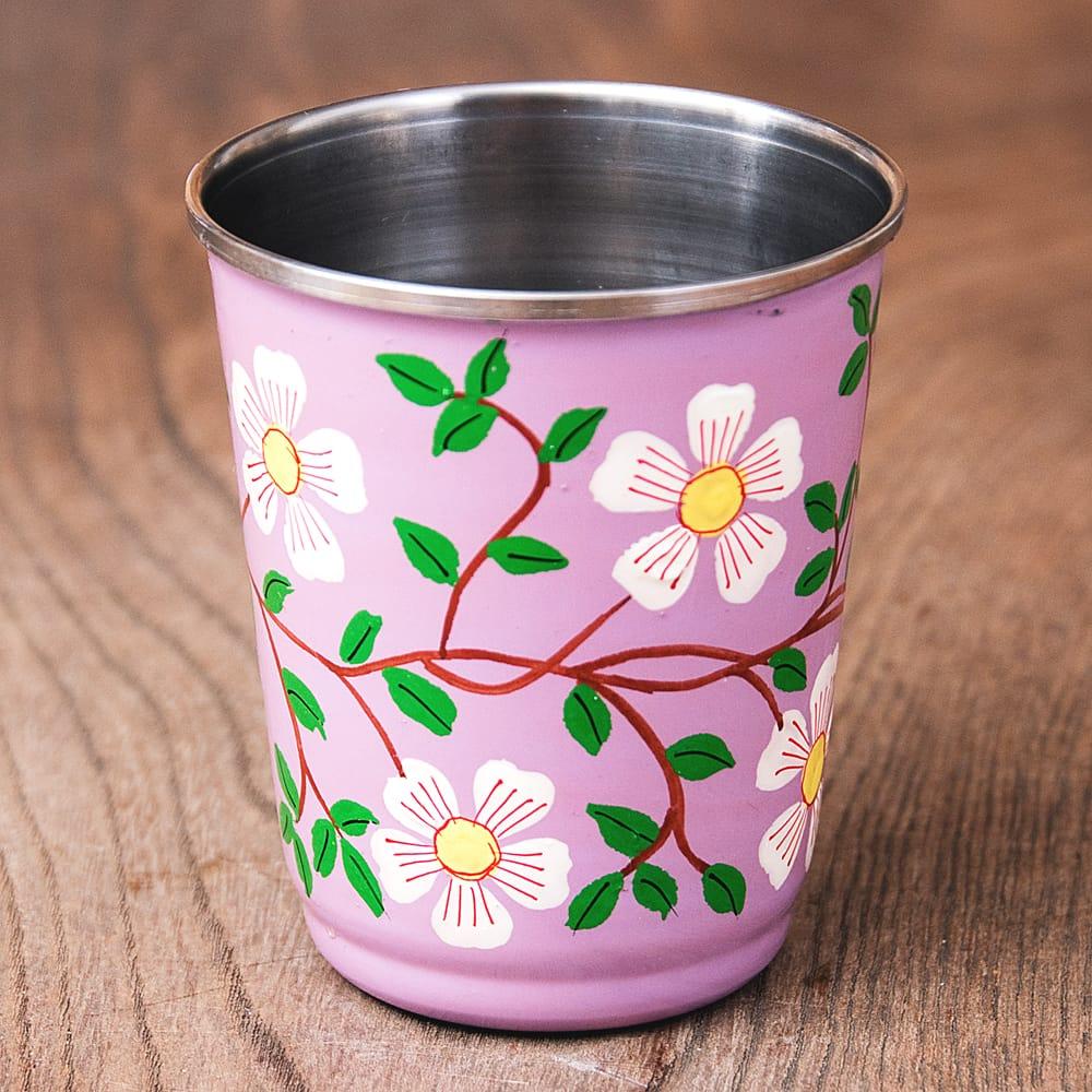 どこか懐かしいレトロテイスト 手描きカシミールペイントのチャイカップ[直径:6.4cm x 高さ:7.5cm ] - 更紗模様 2 - 反対側もキレイにペイントされています