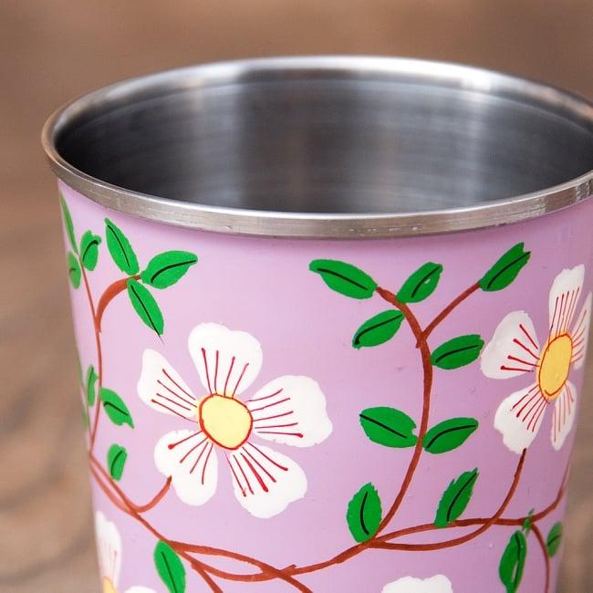 どこか懐かしいレトロテイスト 手描きカシミールペイントのチャイカップ[直径:6.4cm x 高さ:7.5cm ] - 更紗模様 6 - 手描きのぬくもりがあります