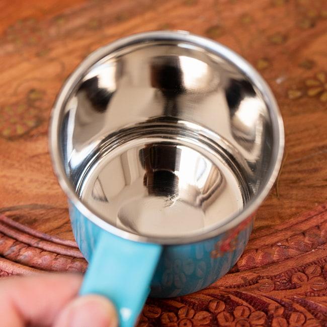 どこか懐かしいレトロテイスト 手描きカシミールペイントのマグカップ[直径:8cm x 高さ:7.6cm ] - 水色ペイズリー 7 - 中はステンレスのままなので、安心してご使用いただけます。
