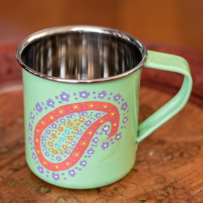 どこか懐かしいレトロテイスト 手描きカシミールペイントのマグカップ[直径:8cm x 高さ:7.6cm ] - グリーンペイズリーの写真