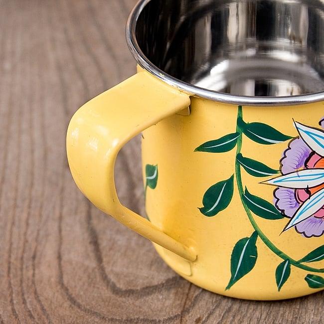 どこか懐かしいレトロテイスト 手描きカシミールペイントのマグカップ[直径:8cm x 高さ:7.6cm ] - 更紗模様 7 - 中はステンレスのままなので、安心してご使用いただけます。