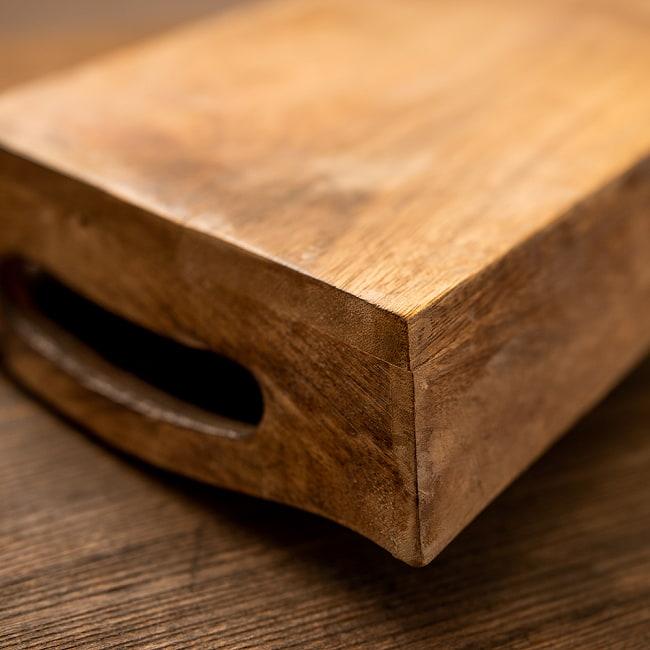 手彫りのマンゴーウッドトレー Sサイズ 【25cm×15cm】 4 - 四隅の模様です。