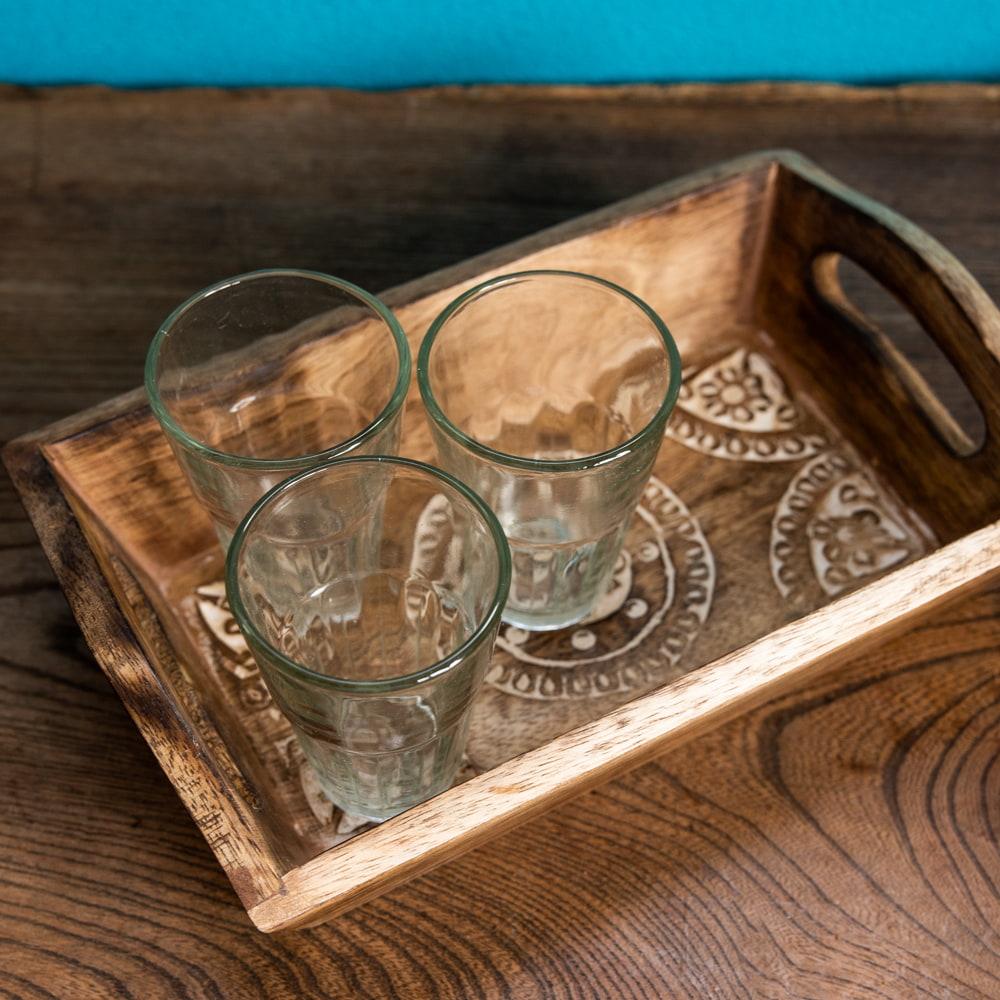 手彫りのマンゴーウッドトレー Sサイズ 【25cm×15cm】 6 - きっちりとした接着でスキマ・ゆがみ等も少なくなっています。