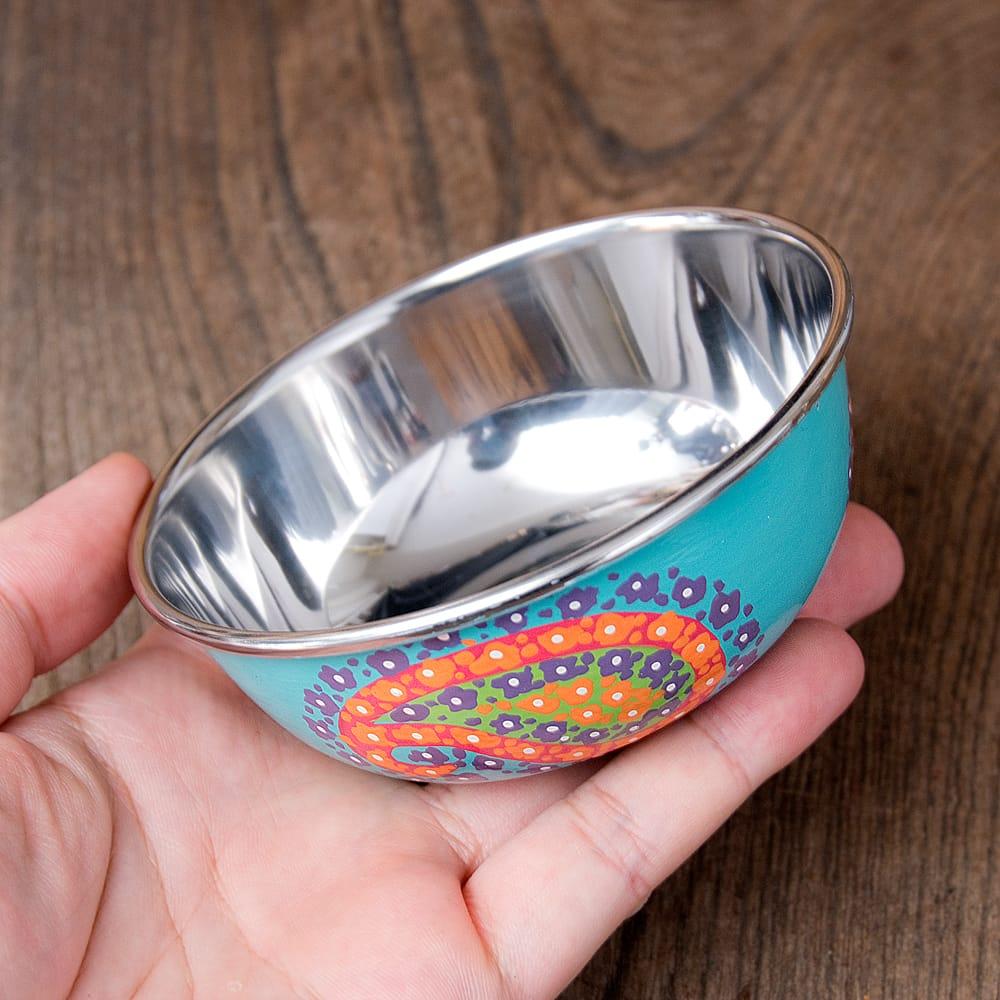 手描きカシミールペイントのカトリ・カレー小皿[直径:10cm x 高さ:3.5cm ] - ターコイズペイズリー 7 - このくらいのサイズ感になります