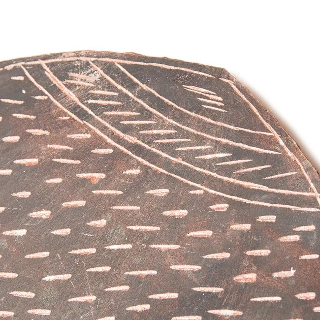 インド伝統の石製マサラ潰し 4 - 味わいのある手掘り感。彫りパターンのデザインは結構マチマチですのでご了承ください。