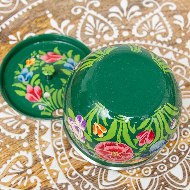 手描きカシミールペイントの壺型卓上シュガーポット ギーポット〔約8.5cm〕 - 更紗グリーン系 5 - とてもかわいく描かれています