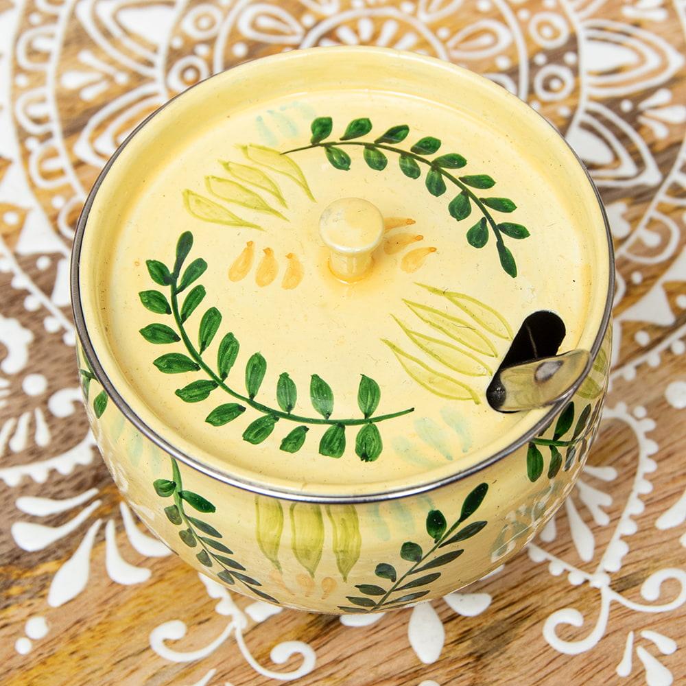 手描きカシミールペイントの壺型卓上シュガーポット ギーポット〔約8.5cm〕 - シダ模様 3 - 上からの写真です