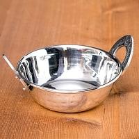槌目装飾仕上げのステンレスカダイ[装飾持ち手付]サービングパン 食器・お皿〔約13cm〕