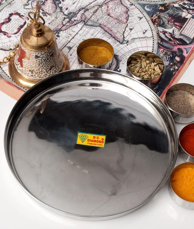 カレー大皿 [約27.5cm]-重ね収納ができないタイプの写真