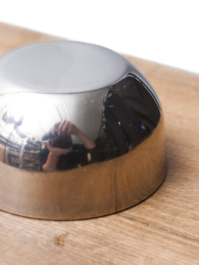 丸底のカレー小皿(約5.7cm×約2.9cm)極小サイズ アチャールボウルの写真3 - 横から撮影しました