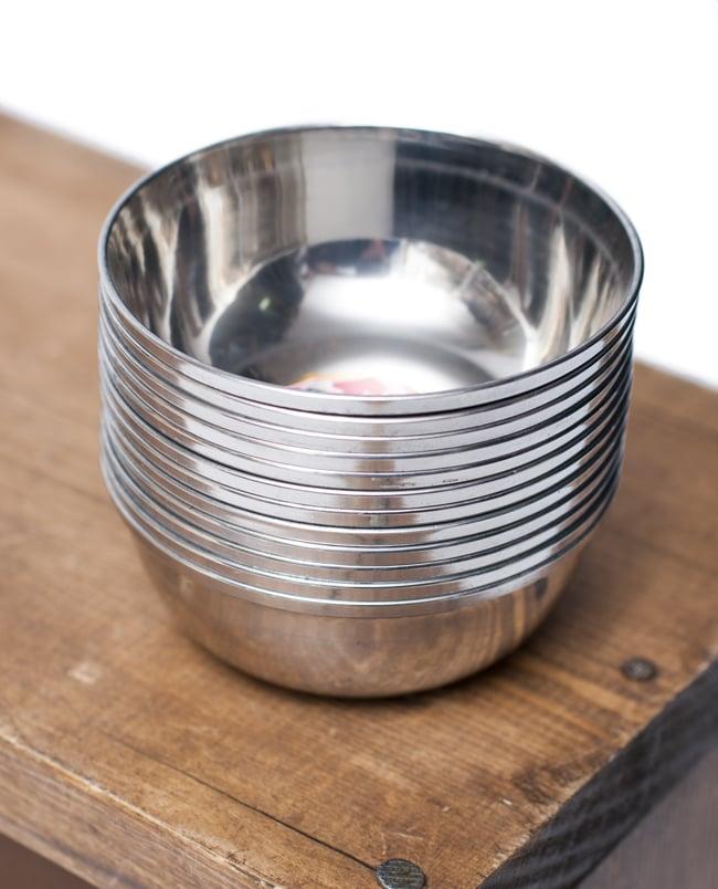重ねられるカレー小皿 ダヒカトリ(約7cm×約2.9cm)の写真6 - 積み重ねができるので場所を取らず便利です!