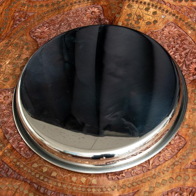 カレー大皿 [28.5cm]-重ね収納ができるタイプの写真5 - カレー小皿を色々並べてお楽しみください。