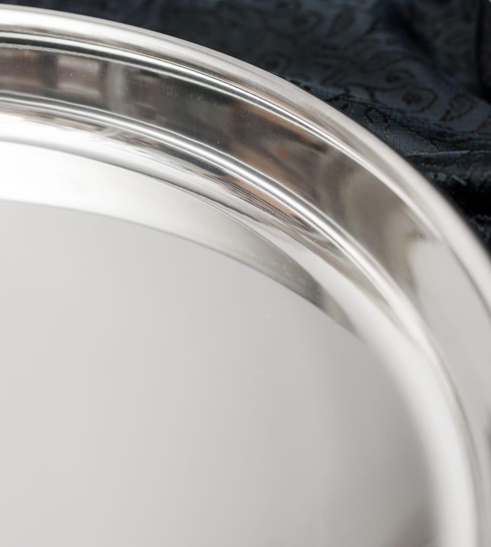 カレー大皿 [30.5cm]-重ね収納ができるタイプ 3 - 滑らかな仕上がりの内側です。洗い物が楽になりますね。