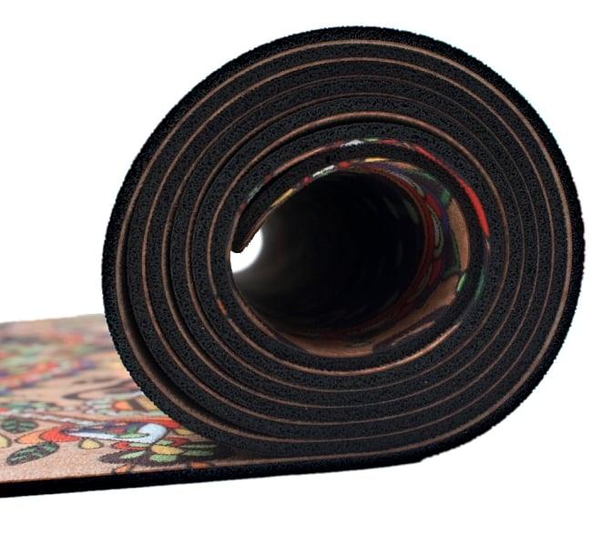 (天然ゴム)高品質エスニックヨガマット4mm - ブラウンマンダラ 5 - 厚さは適度なクッション性の4mmです
