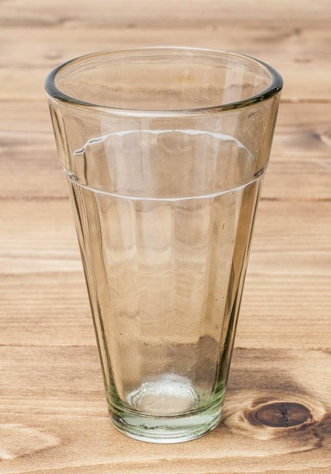 インドのチャイカップ[高さ:約11cm 直径:約6.5cm]の写真