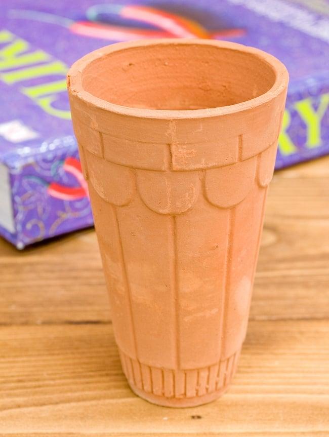 [限定入荷]インドの素焼きラッシーカップ [直径7.5cm程度 高さ:12.5cm程度]の写真