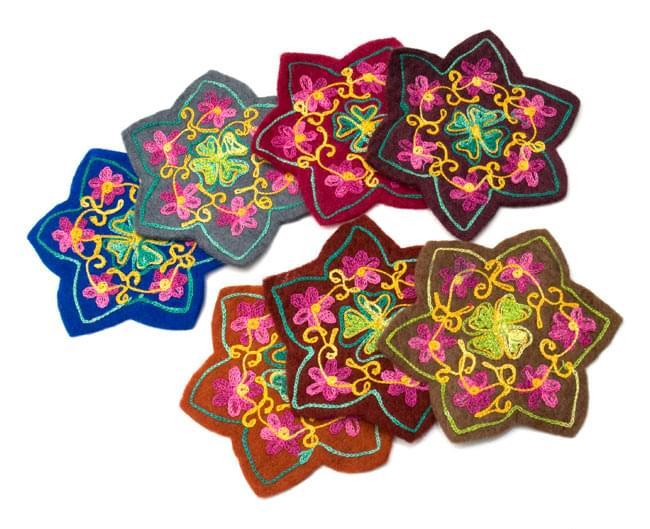 フェルトの花柄コースター 【青】 8 - いろいろな色がありますので、色違いでお楽しみください。