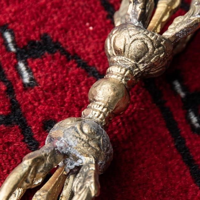 ドルジェ(ヴァジュラ・金剛杵) - 五鈷杵[15.5cm] 2 - 拡大写真です