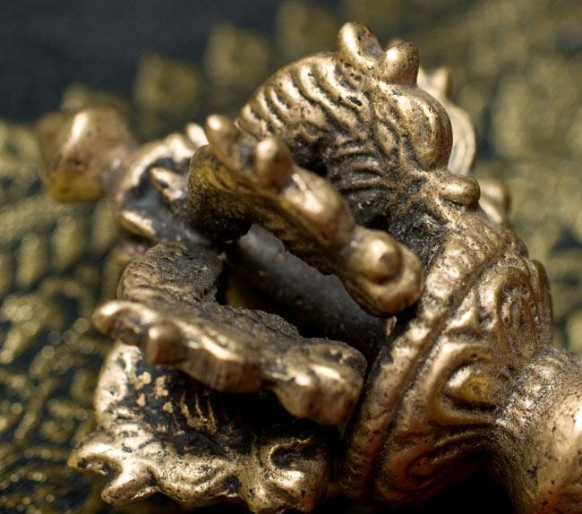 ドルジェ(ヴァジュラ・金剛杵) - 九鈷杵 4 - 細かい部分も非常によく作られています