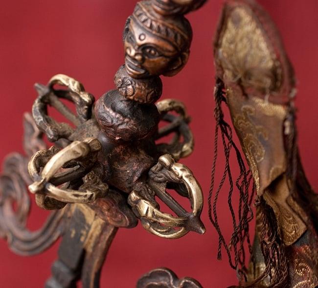 タントラの神々が持っている杖(ガドゥヴァーンガ) 【約62cm】 5 - 柄の部分にはドルジェが意匠されています