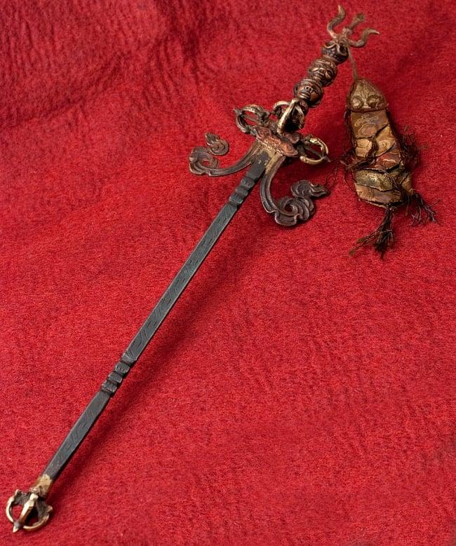 タントラの神々が持っている杖(ガドゥヴァーンガ) 【約62cm】の写真
