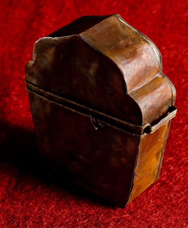 持ち運びができるチベット仏教の仏壇 ガウ(大) 6 - 本体を袋から取り出してみました。