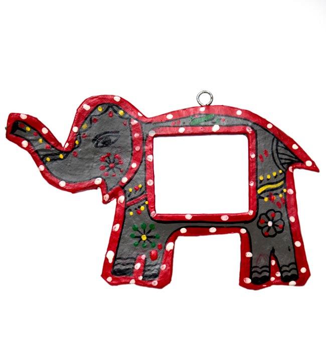 ミティラー画の壁掛け鏡 (象) の写真