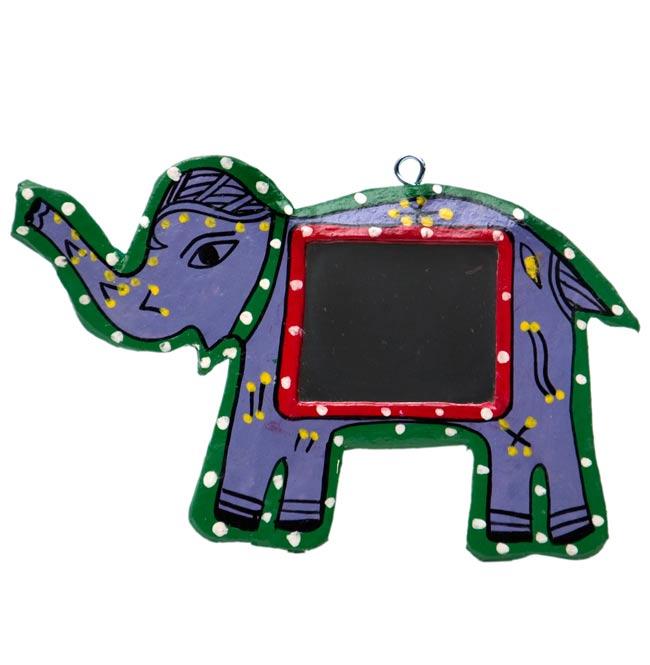 ミティラー画の壁掛け鏡 (象)の写真