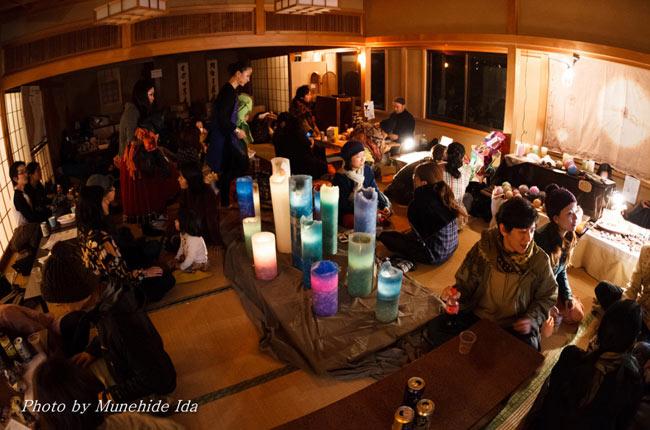 Sangeet Mela TOKYO2014 - インド古典音楽&舞踊オールナイトフェスティバル -の写真7 - ショップエリア。畳敷きでゆっくり落ち着けます
