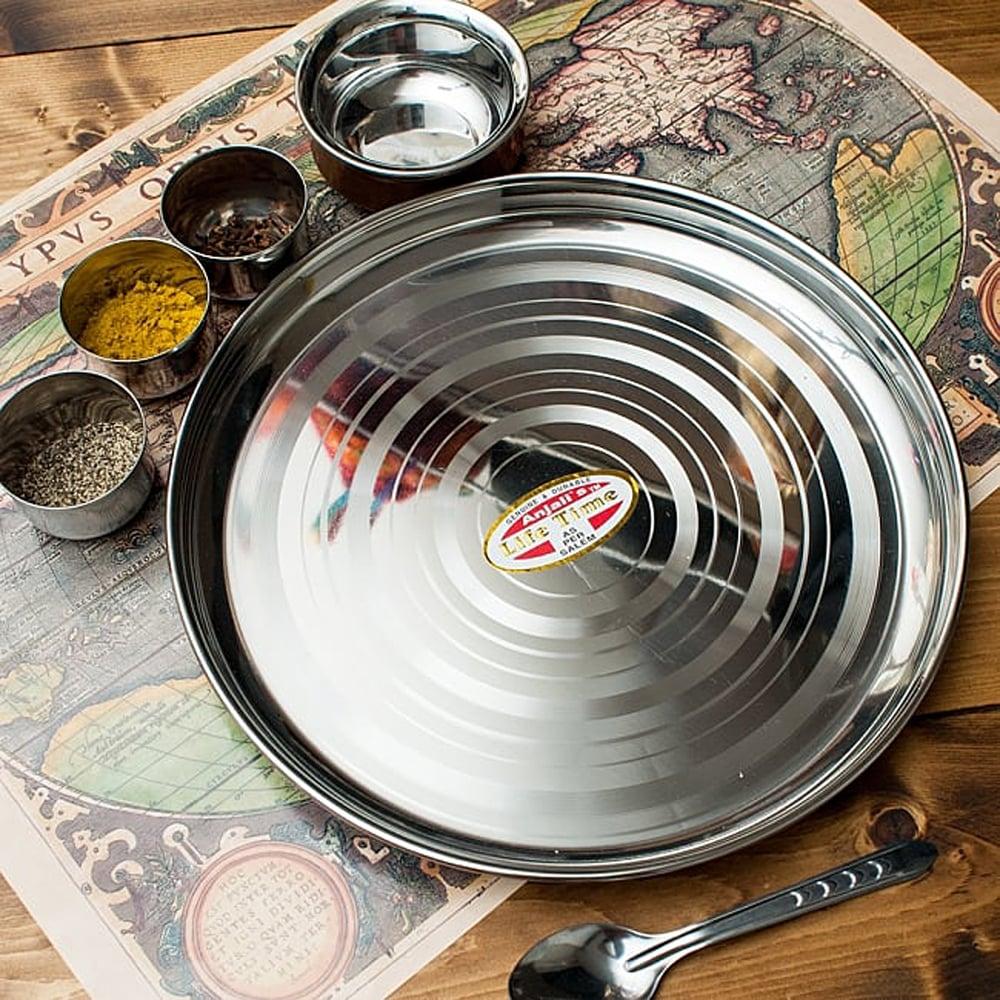 カレー皿セット[カレー大皿とライズボウル2枚のセット] 2 - カレー大皿 [約34cm]-重ね収納ができるタイプの写真です