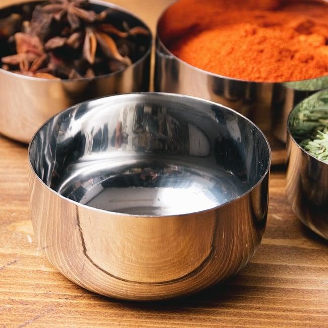 【訳あり・インド品質】お得なカレー小皿5個セット(約8.3cm×約4.2cm 約200ml) 2 - 【訳あり・インド品質】カレー小皿(約8.3cm×約4.2cm 約200ml)(ID-TLPLT-56)の写真です