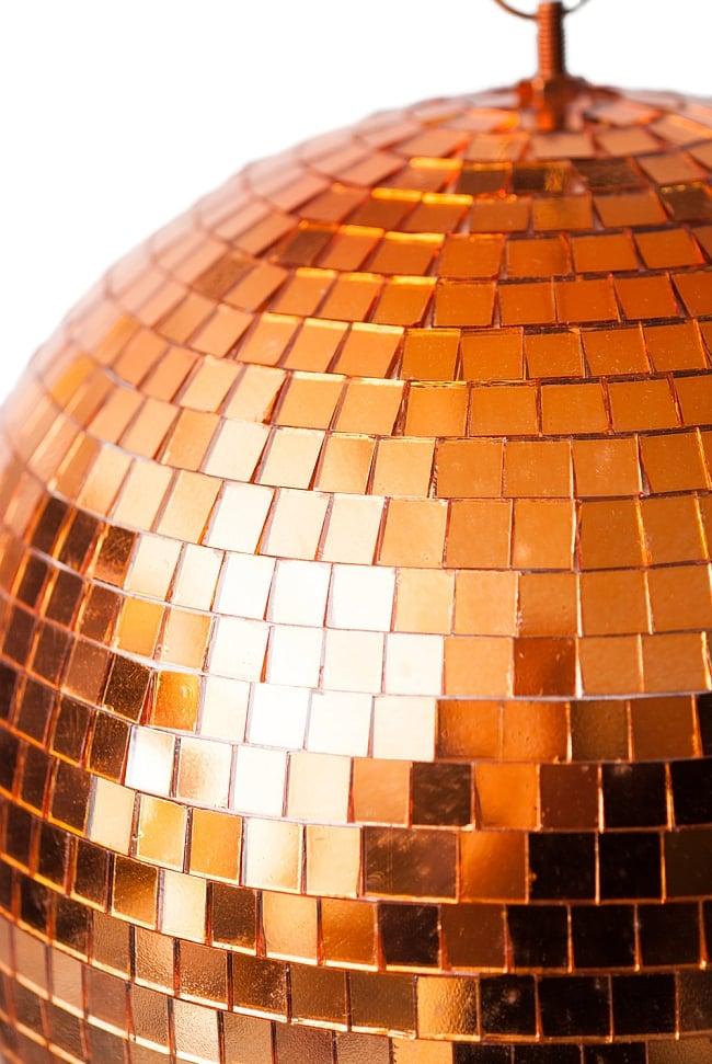 ミラーボール −銅色[300mm] 2 - 近くからみてみました。