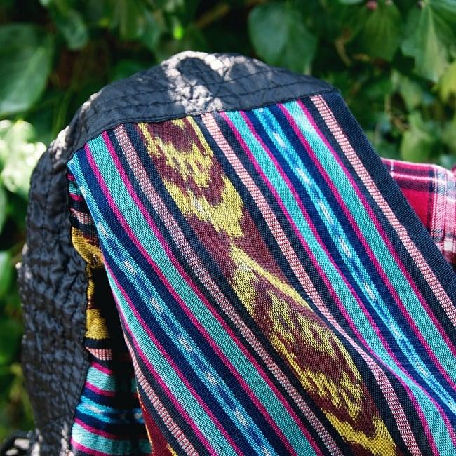 バリ島のゆったりイカットハンモック 美しい伝統かすり模様 12 - 伝統のイカット織り