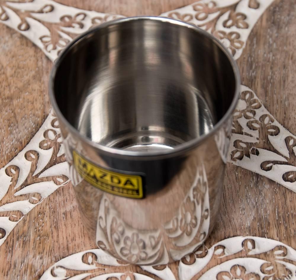 涼しげな音の鳴る ステンレスのチャイカップ [直径:約7cm×高さ:約8cm] 2 - 斜めから撮影しました