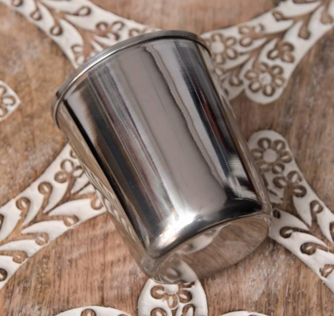 涼しげな音の鳴る ステンレスのチャイカップ [直径:約7cm×高さ:約8cm] 4 - 横にしてみました