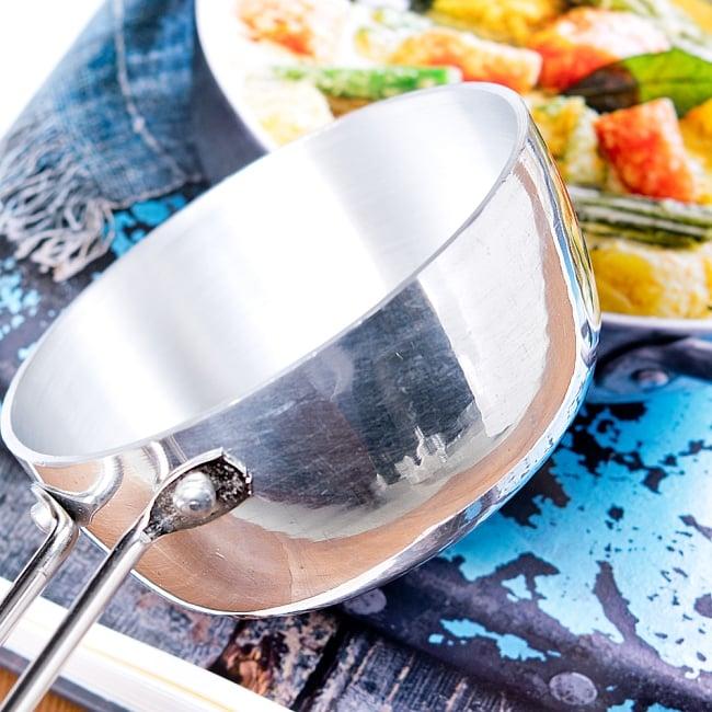 タルカパン[大] - アルミ【約35cm】インド料理でスパイスをテンパリングする調理器具 5 - 鍋部分はこのようになっています