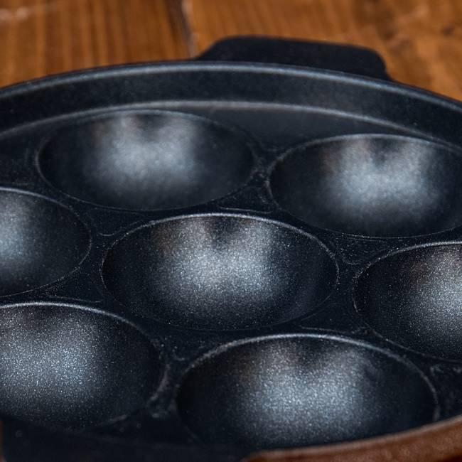 アッパムメーカー 南インド料理APPAM用フライパン 5 - 表面の拡大写真です