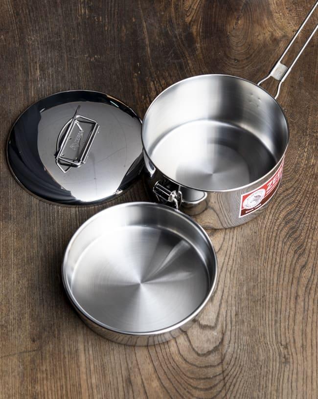 鍋にもなる タイのステンレス弁当箱 ZEBRAブランド - 14cm 7 - 中蓋がついていて2段重ねできます。