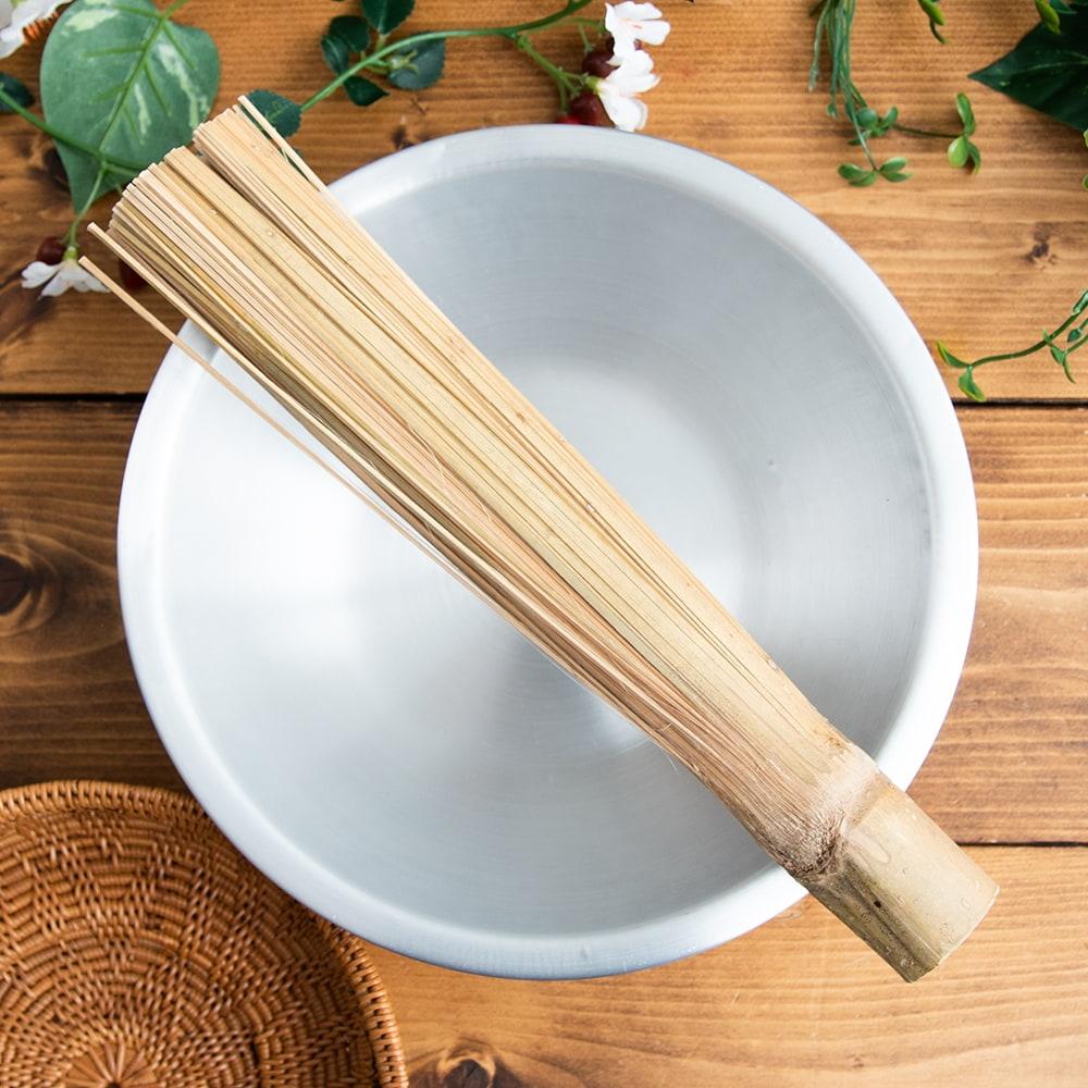 タイの竹製鍋洗い ささらの写真