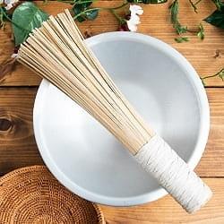 タイの竹製鍋洗い ささら - グリップ付きの商品写真