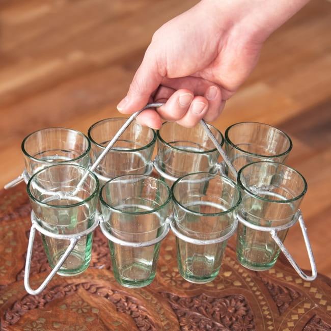 チャイワーラーのチャイカップホルダー - 8カップ用 11 - 使用例です