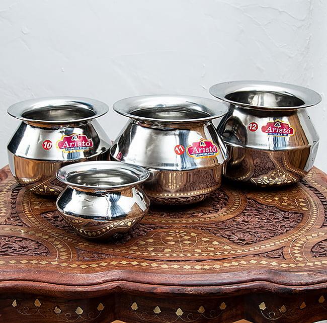 ステンレスのビリヤニ鍋 3人分以上サイズ(1800cc) 5 - いろいろなサイズを並べてみました。