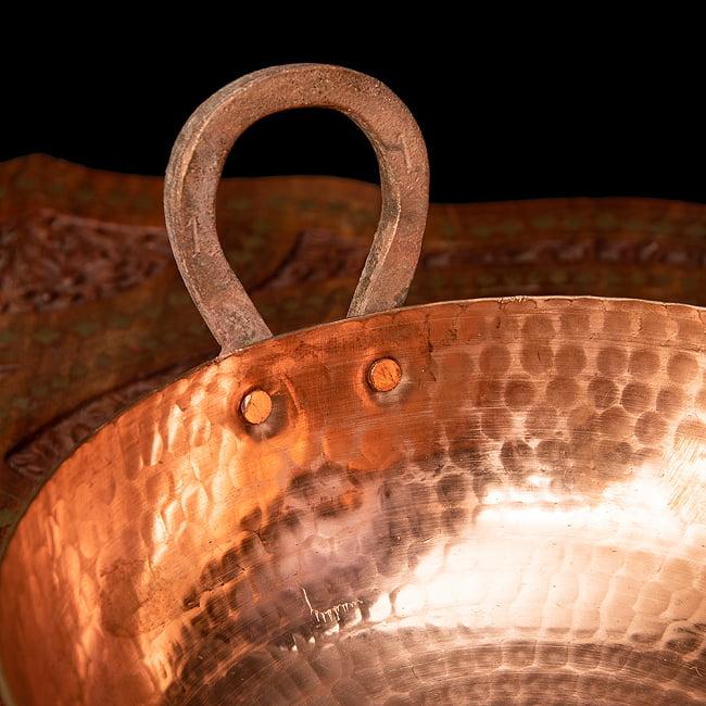 槌目仕立て高級調理用カダイ 銅製 - 直径23.5cm 3 - 持ち手の部分がとってもインド風です。