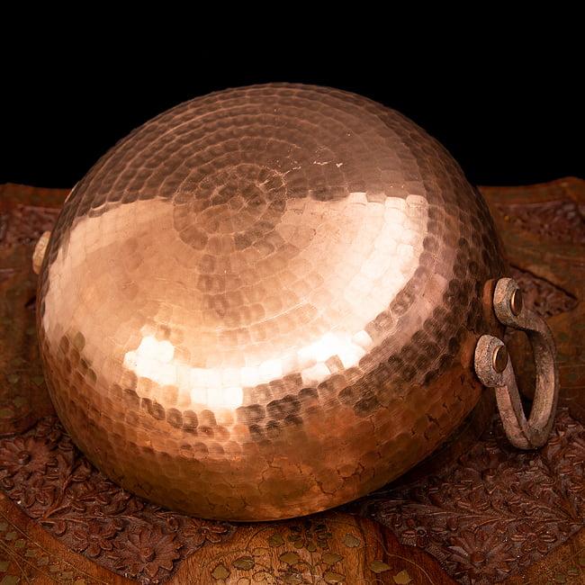 槌目仕立て高級調理用カダイ 銅製 - 直径23.5cm 5 - 底面の様子です。